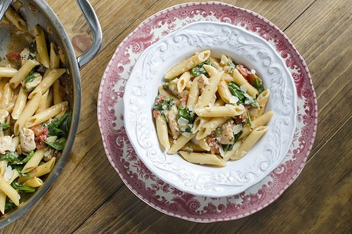 Chicken and spinach skillet pasta with penne
