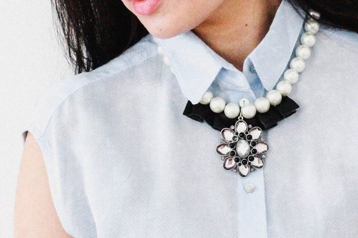 Make a statement necklace by combining different materials.