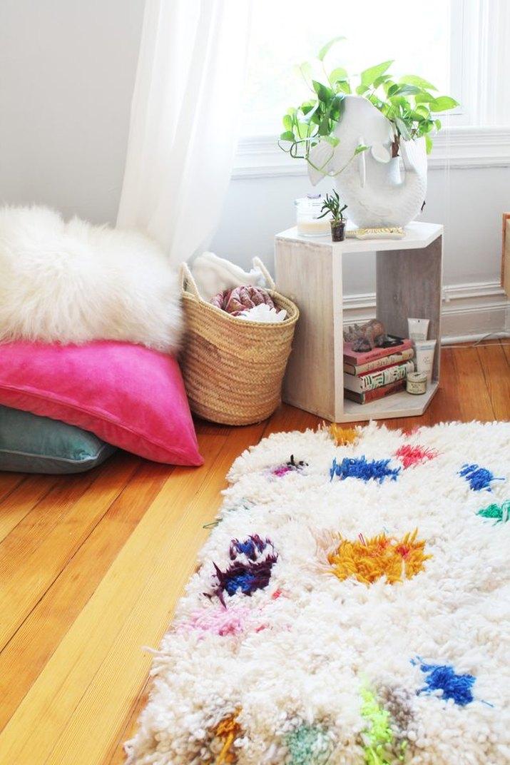 Handmade yarn shag rug