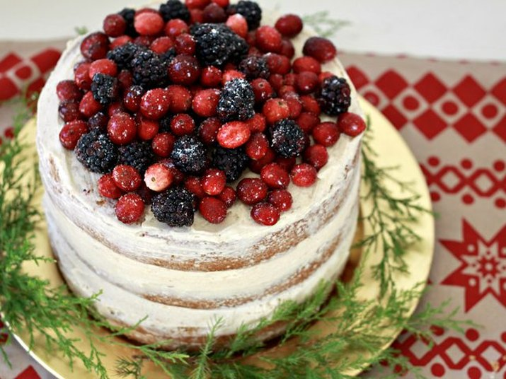 Eggnog-Flavored Layer Cake Recipe