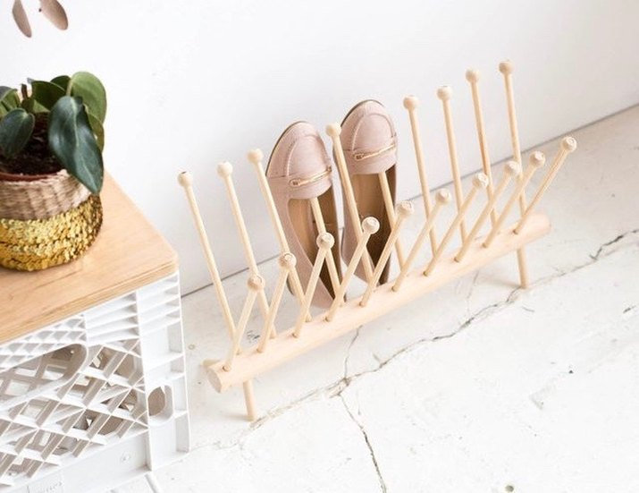 DIY Dowel Shoe Rack