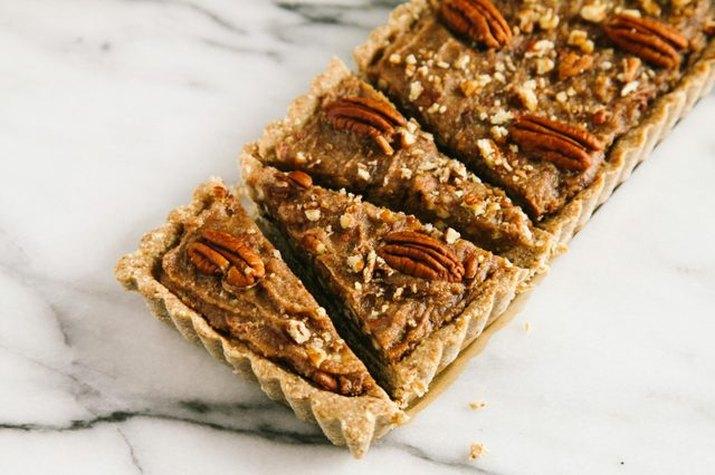 Healthier No-Bake Pecan Pie