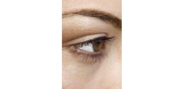 Download free Dry Skin Patch Under Eyebrow - heroeshelper